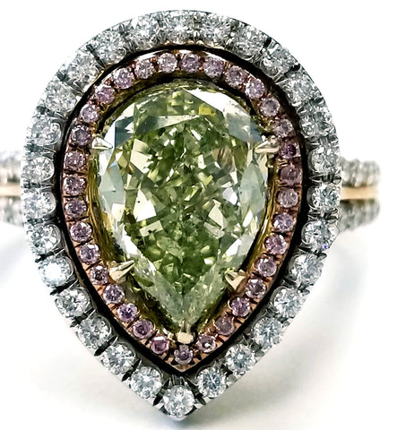 Rare Natural Fancy Green Pear Cut 18k Gold Diamond Ring GIA Certified 3.40 CTW