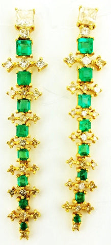 Diamond and Green Emerald Drop Earrings Certified 22k Yellow Gold 4.60 Carat