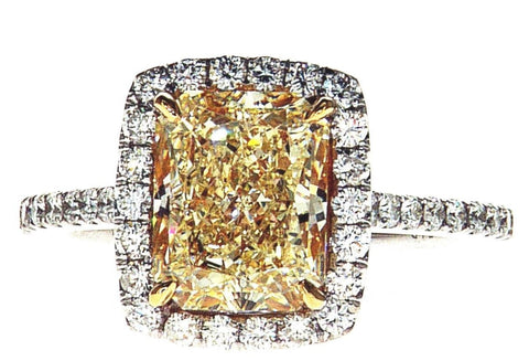 3.72 CT VVS1 Radiant Cut Natural Fancy Yellow Color Diamond Ring GIA Certified