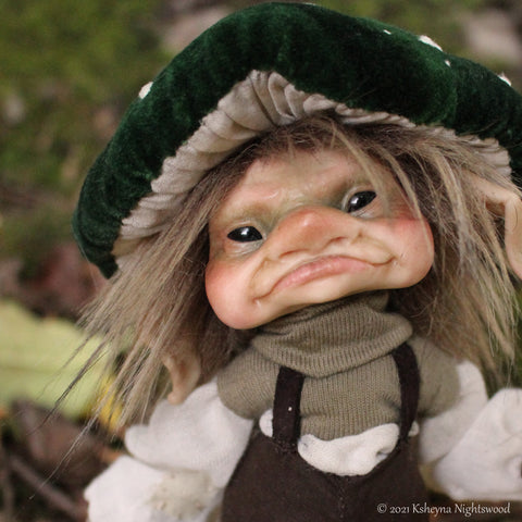 Grimden - OOAK Brownie Art Doll
