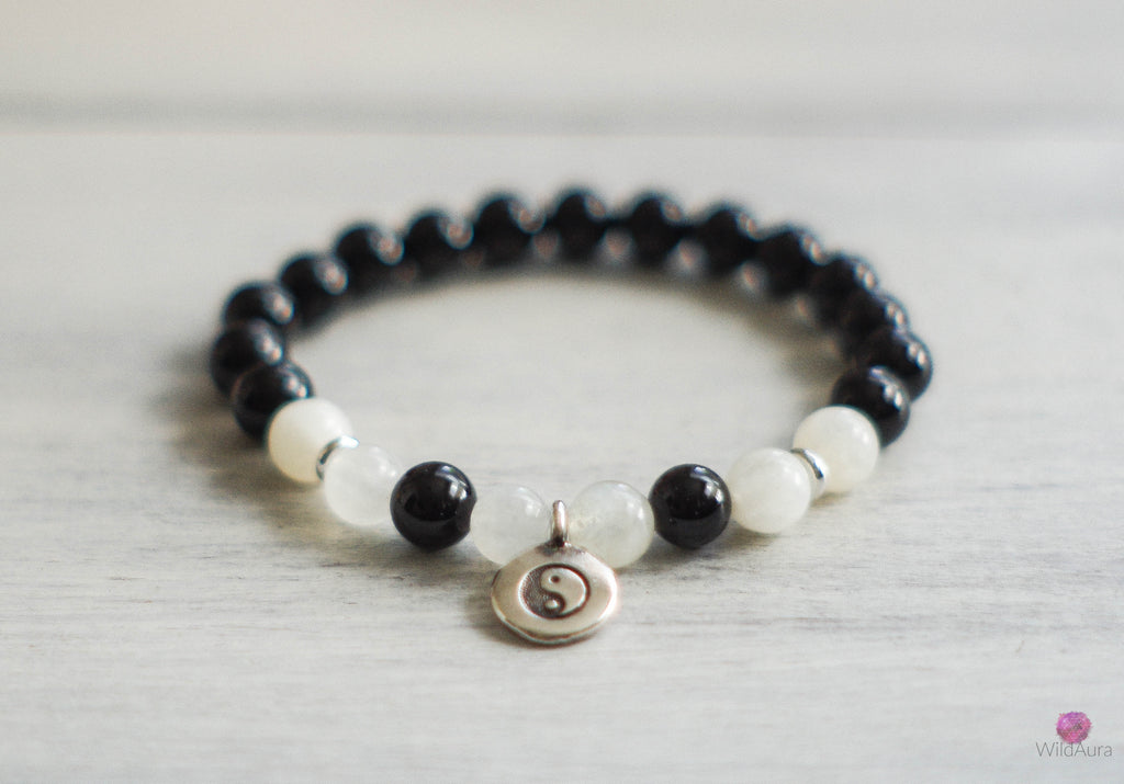 Moonstone and Onyx Gemstone Bracelet