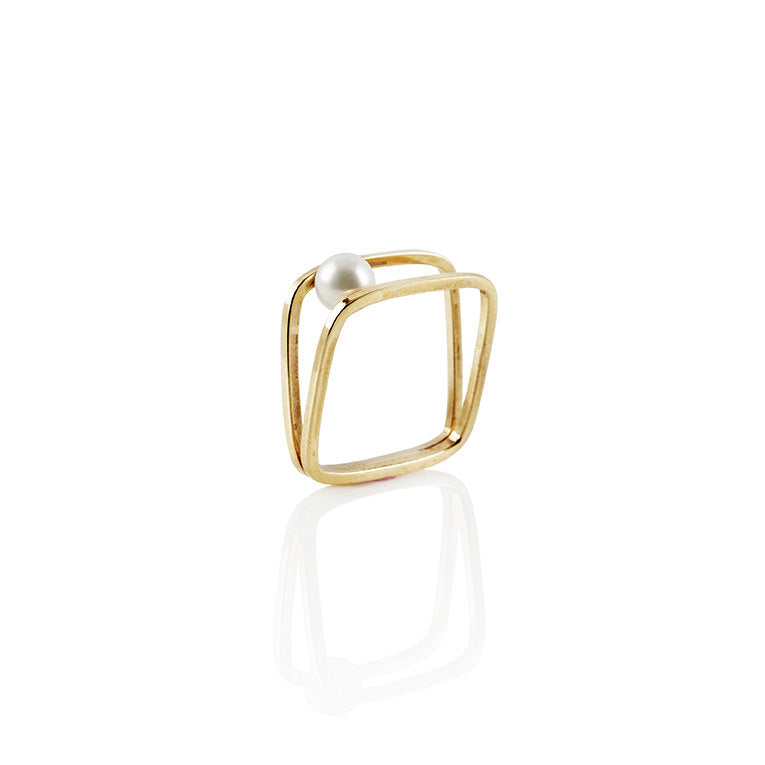 Equilibrium Freshwater Pearl In-Between Ring in Sterling Silver or 22k Gold - Nicolas Ambrosio