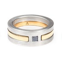 Yunico Interlock Groom Wedding Band <p><font size=-1>22k Yellow Gold with Princess-Cut Black Diamond</font></p>