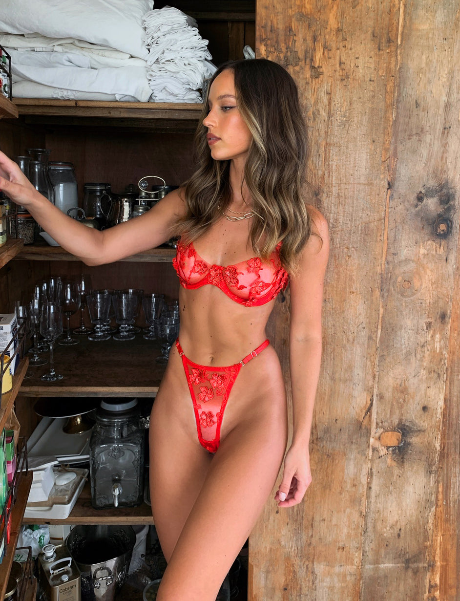 BUTTERCUP SET - RED