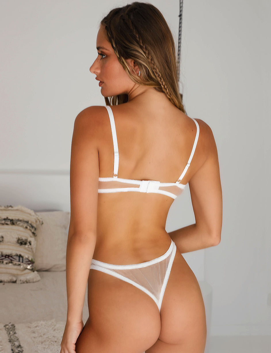 PETA INTIMATES - WHITE