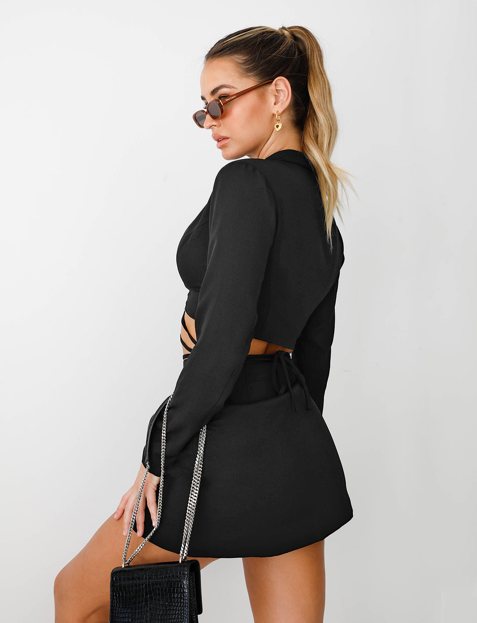 KIMBIE CROPPED BLAZER - BLACK