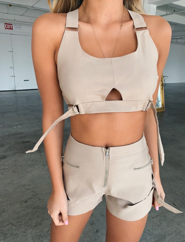 Reed Crop - Beige