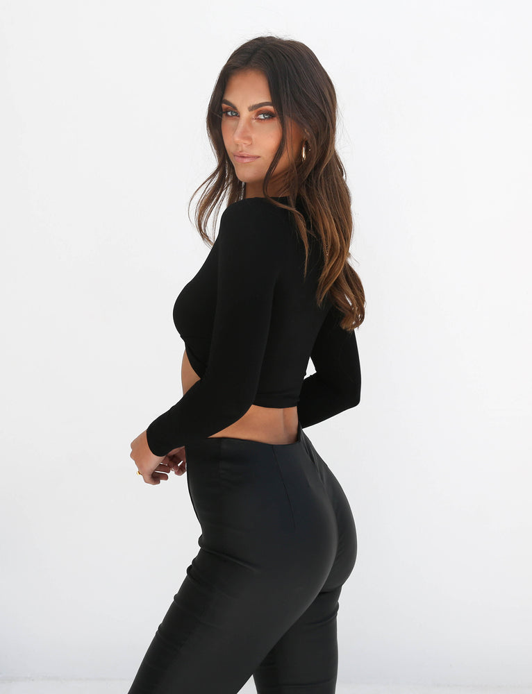 Tahni Long Sleeve Crop - Black