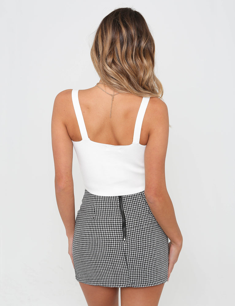 No Love Mini Skirt - White/Black
