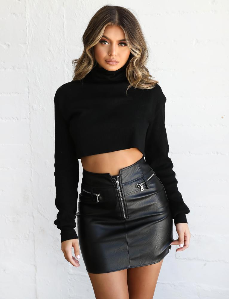 Sugar Turtle Neck - Black