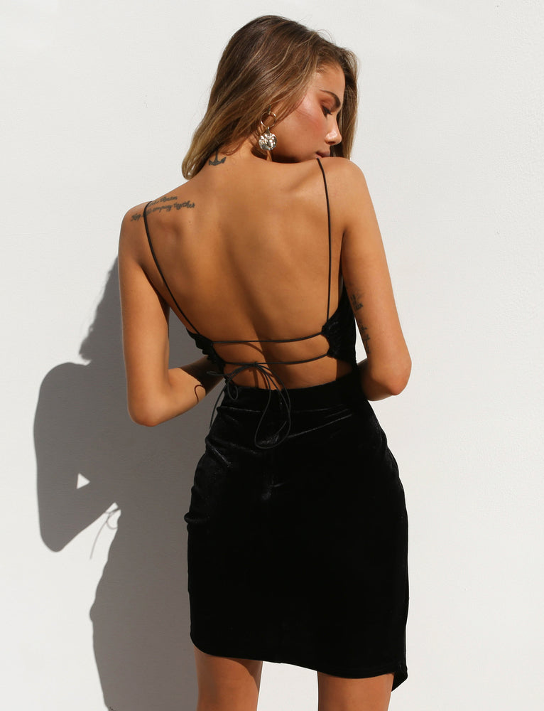 Lexi Velvet Dress - Black