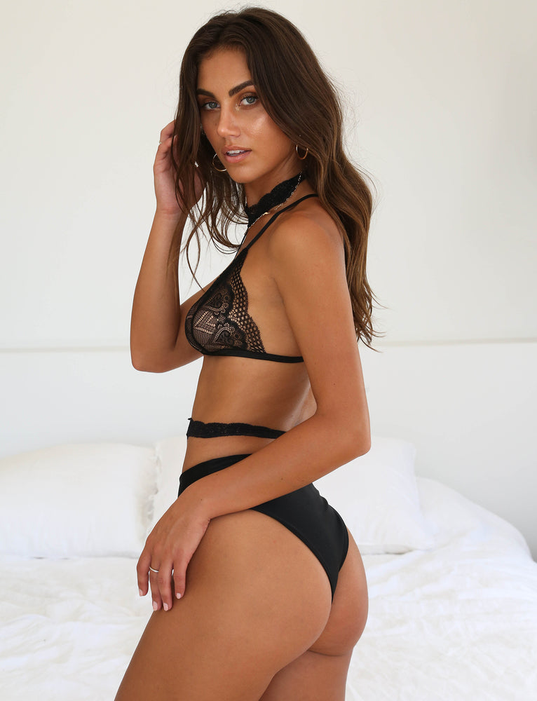 Kate Bralette - Black