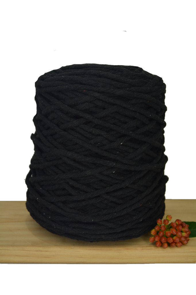 1kg Coloured 1ply Recycled Cotton String - 5mm - Black