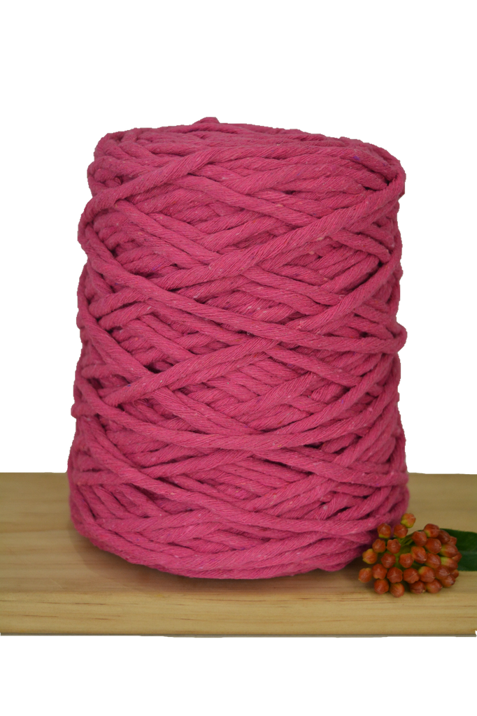 1kg Coloured 1ply Recycled Cotton String - 5mm - Hot Pink