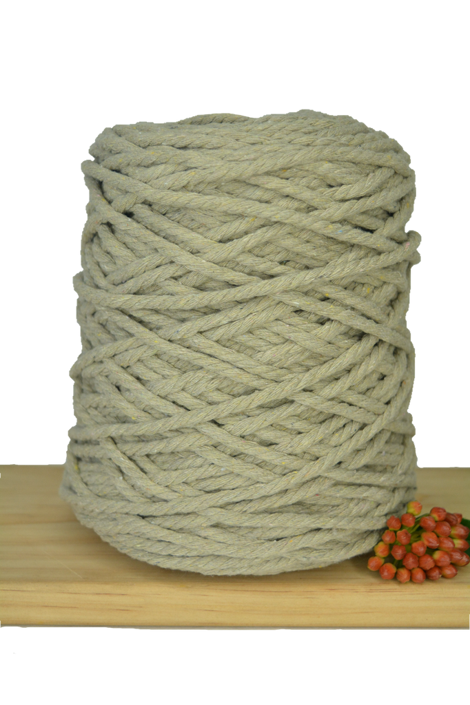 1kg Coloured 3 ply Recycled Cotton Rope - 5mm - Oatmeal