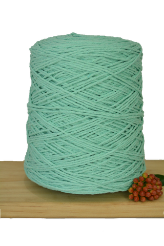 1kg Coloured 1ply Cotton Warping String - 1.5mm - Spearmint