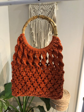 Retro Macrame Handbag Pattern