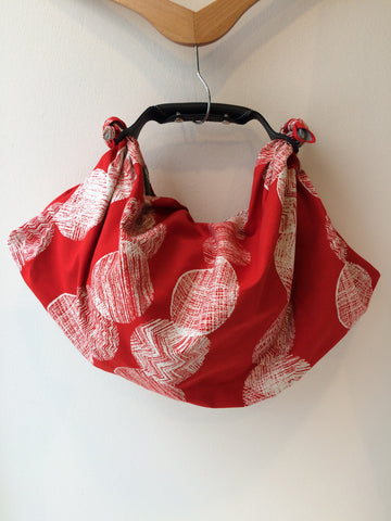 borsa furoshiki in rosso e grigio, furoshiki bag in red and gray