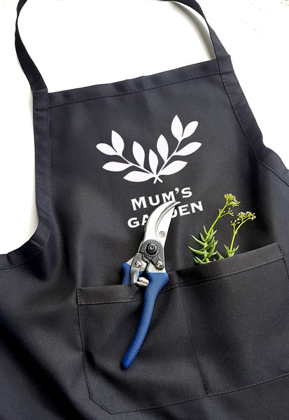 Personalised Garden Apron - Antique Wreath