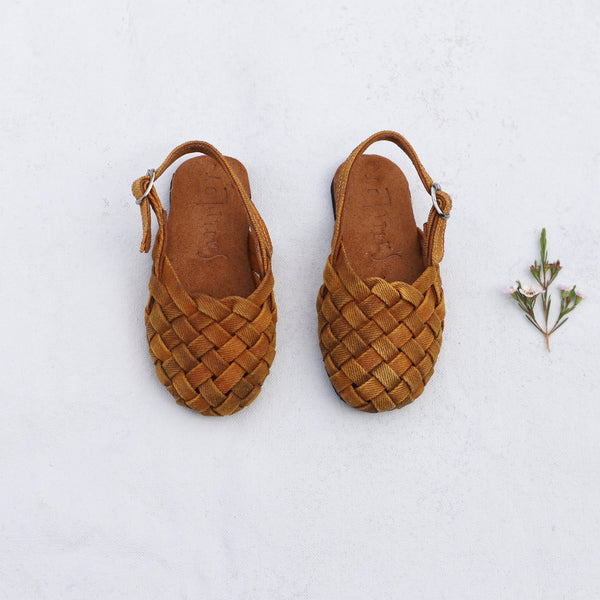 Woven Sandal | Little Kid