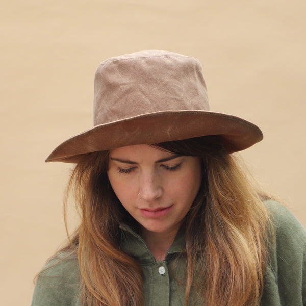 Waxed Canvas Hat | Brush Brown