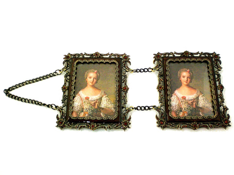 Double Hanging Picture Frame