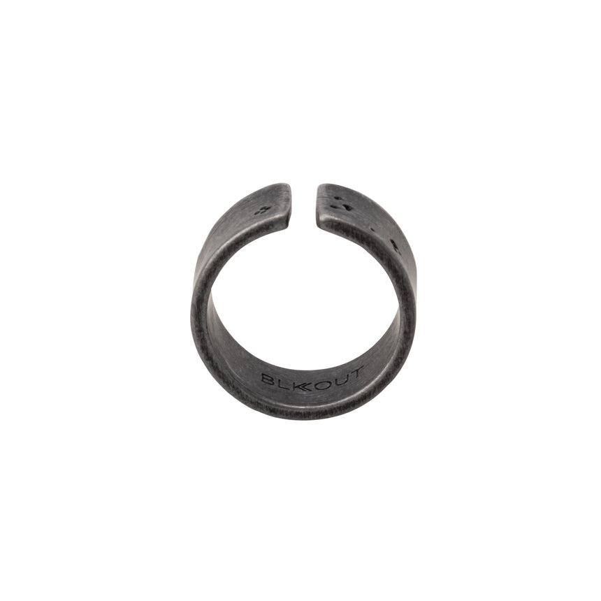 Gap Ring x AGED BLK (1)