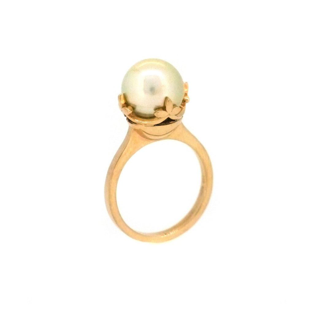 Garland Ring with South Sea Pearl