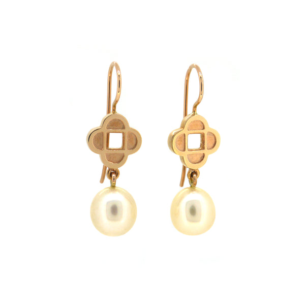 Quatrefoil earrings with Freshwater Pearl