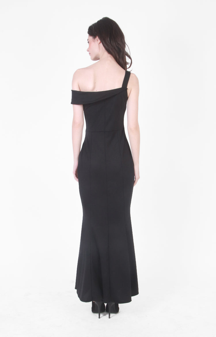 Nicolette Evening Gown In Black