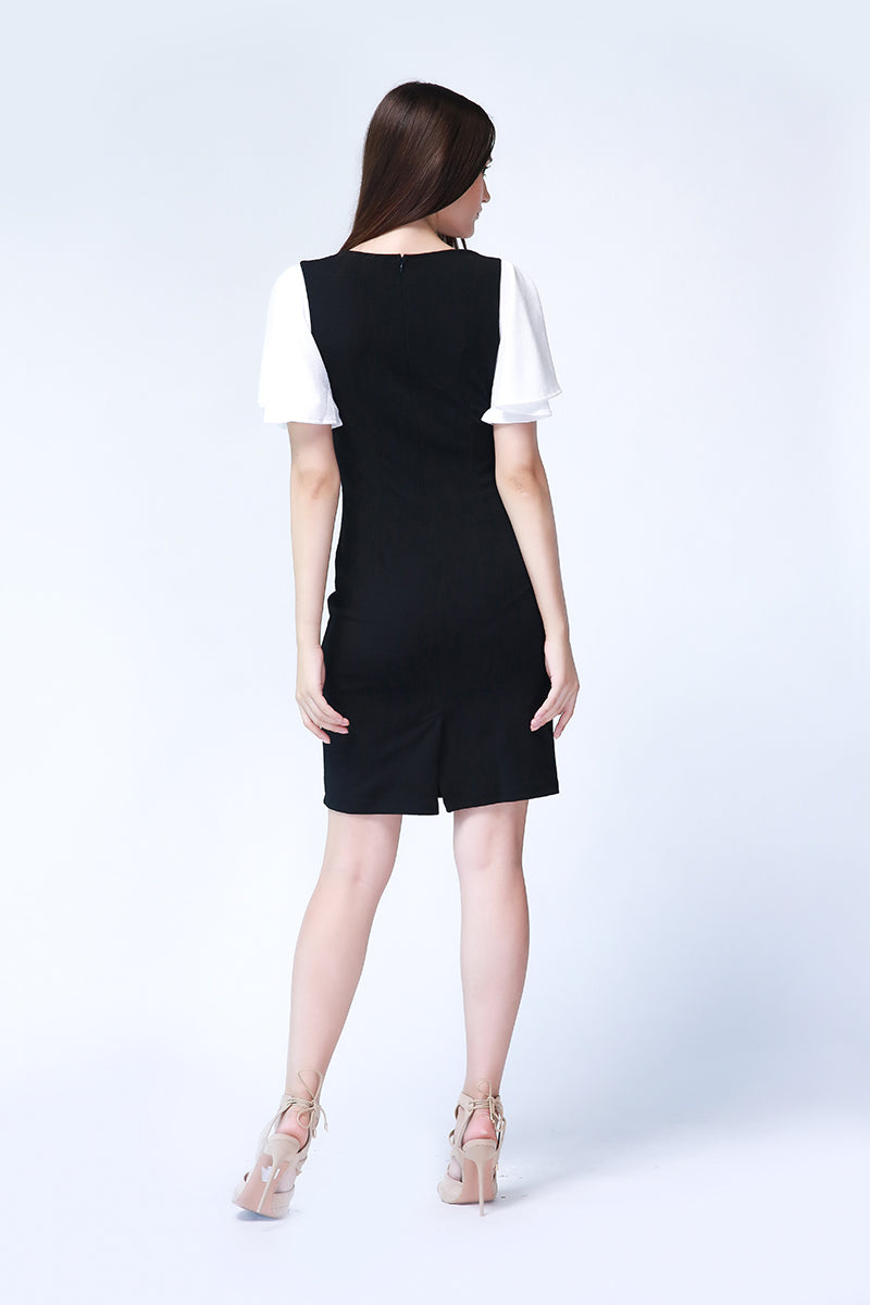 Zsa Zsa Dress in Black and White