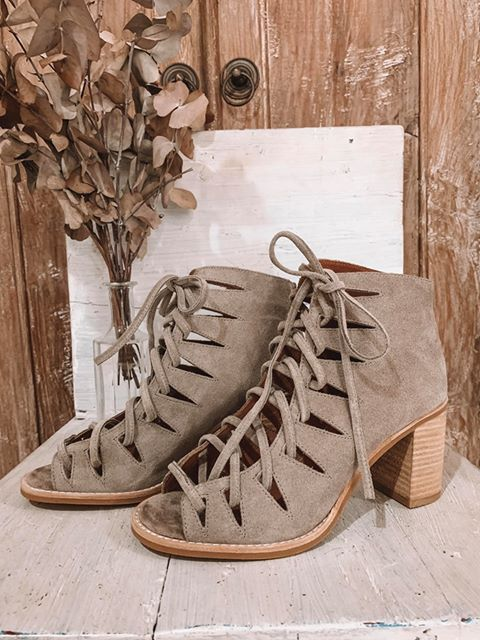The Corwin Heel - Taupe Suede