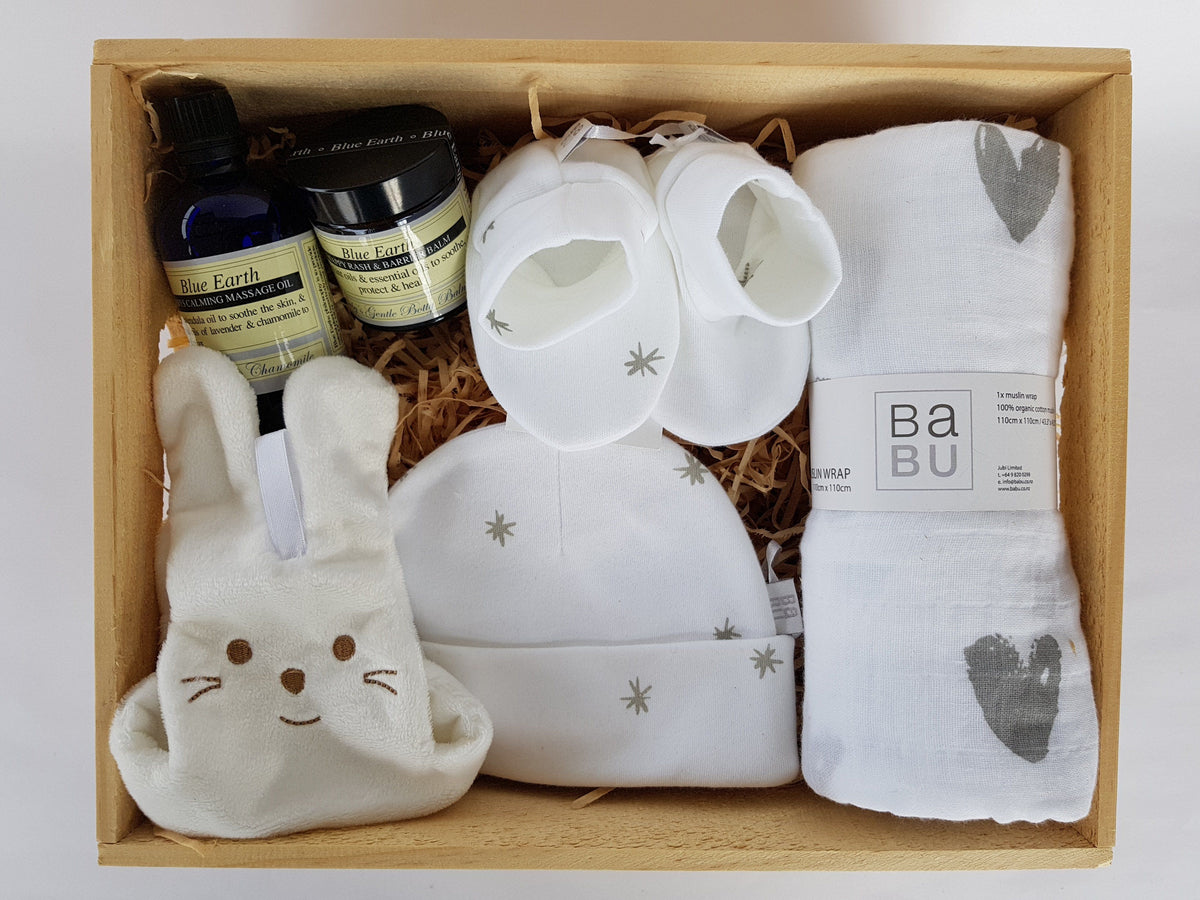 Boxsmith's Baby Gift box is a modern alternative to baby gift hampers & baby gift boxes. Easy delivery NZ wide - online gift ideas