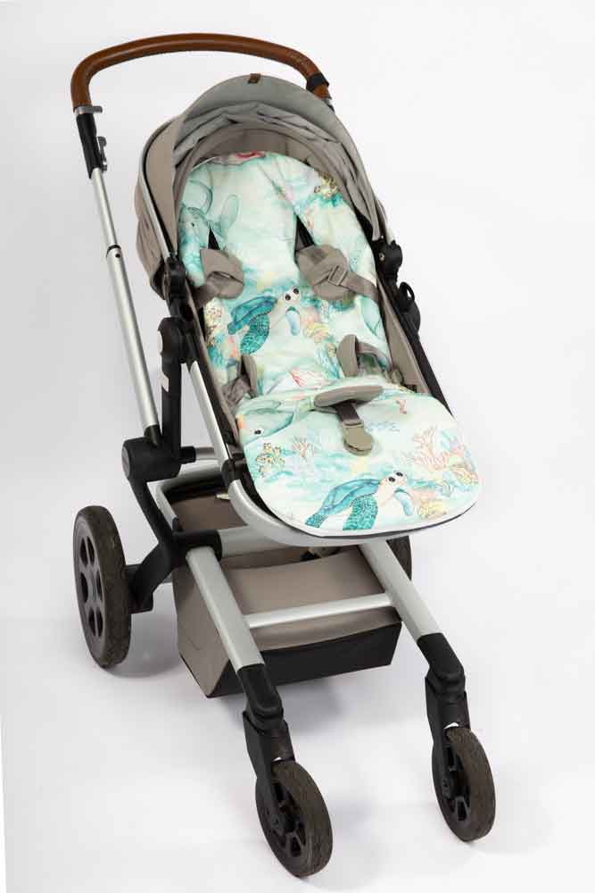 Marmalade Lion Lady Elliot Island Universal Pram Liner using expect-a-spill technology, waterproof with a washable cover
