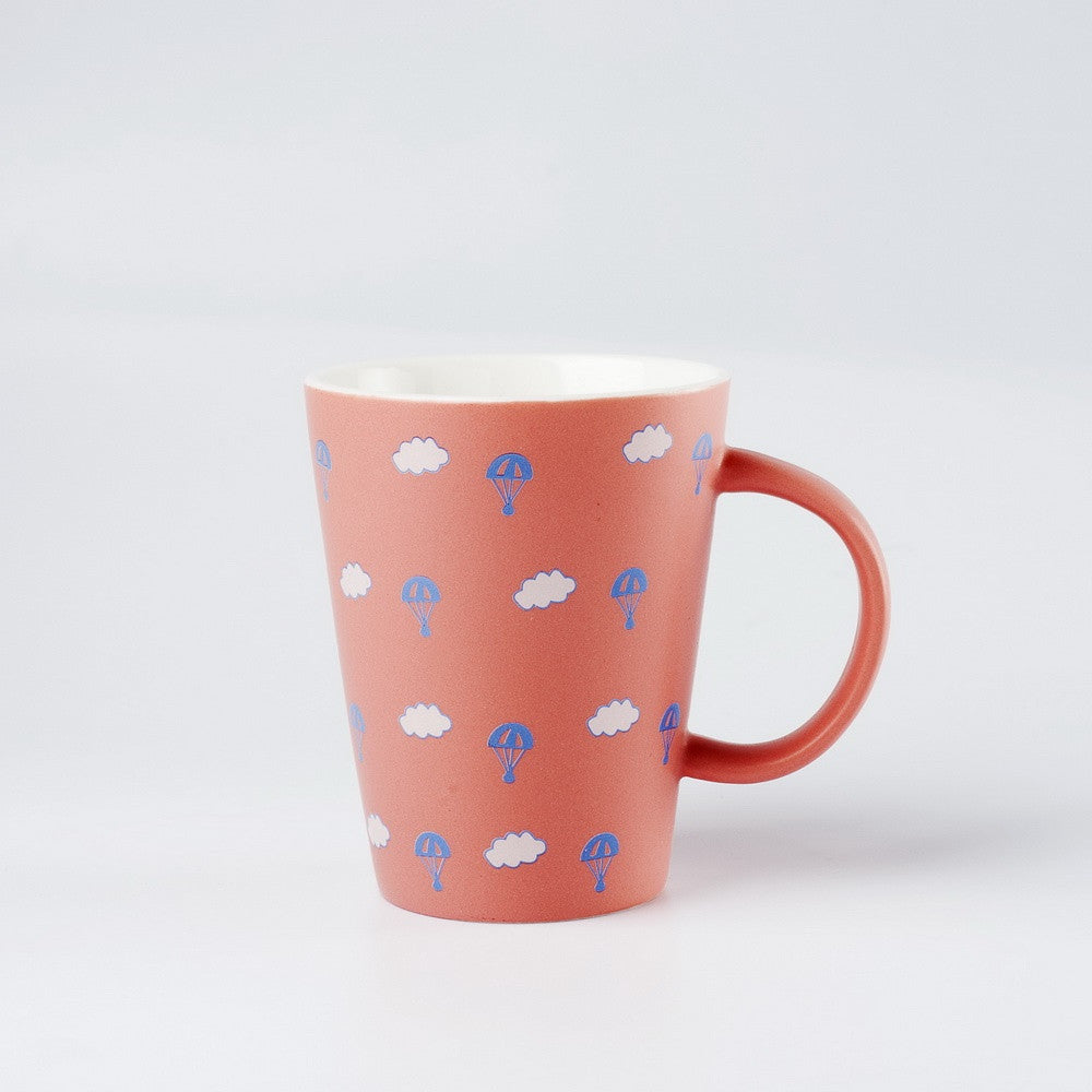 Clouds & Hot Air Balloons Cup
