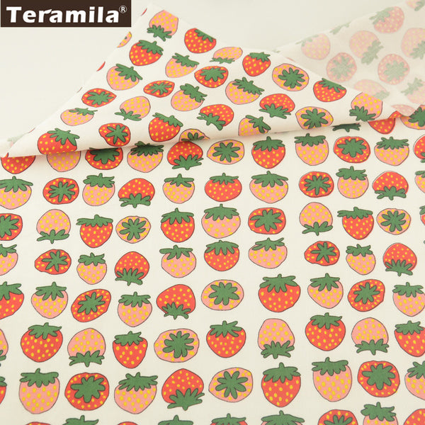 Lovely Strawberry Design 100% Cotton Twill Fabric Home Textile Sewing Bedding Quilt Cloth Crafts