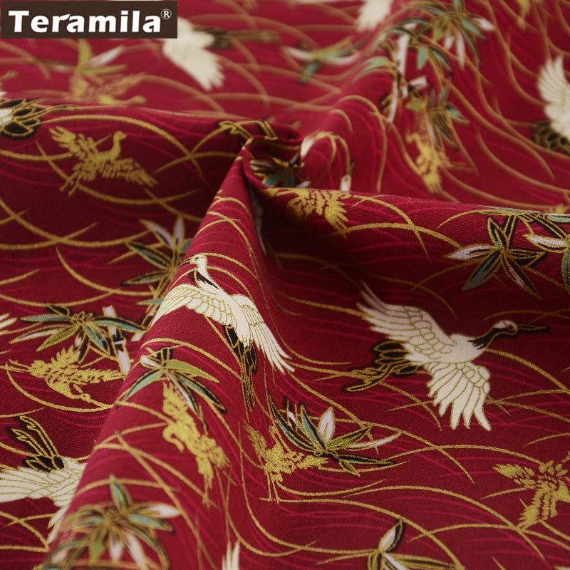 Linen Fabric Art Work Crafts High Quality Red Cranes Gold Powder Patchowrk Bedding Decoration