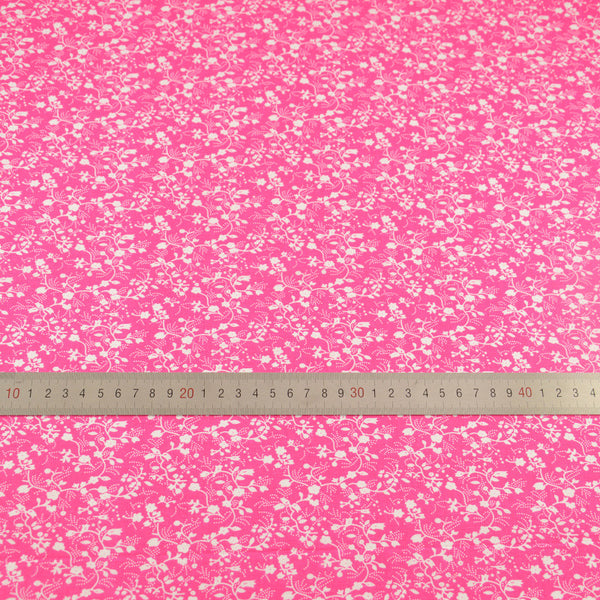 White Flowers Designs Dark Pink Home Textile Cotton Fabric Patchwork Decoration Tissue