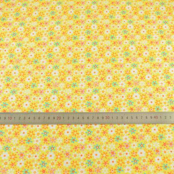 Cotton Fabric Orange And Green Flowers Design Yellow Color Sewing Tissue Crafts Printed Art Work