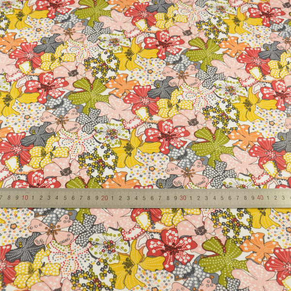 Patchwork Home Textile Art Work Lovely Flowers Designs Cloths Decoration 100% Cotton Fabric