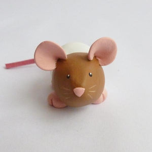 Agouti Capped Dumpy Rat Small Ornament Sculpture