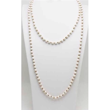 Pearl Knotted Necklace - Studio To Street Boutique