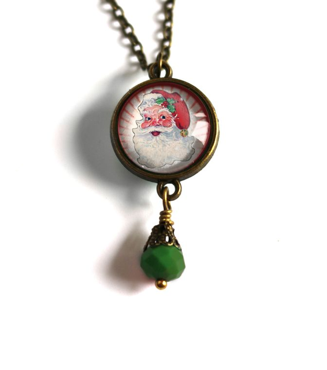 Retro Santa Christmas Double Sided Reversible Pendant Necklace with green bead ( red background )