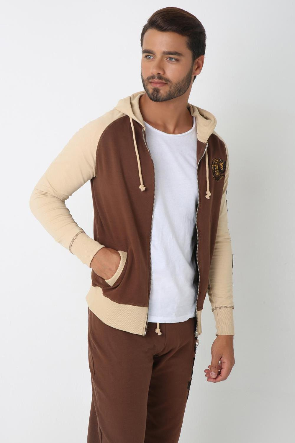 Street Suit- Upper, BROWN