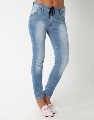 Relaxed Faded J-Jaws for Women