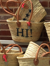 Small 'Hi' Basket