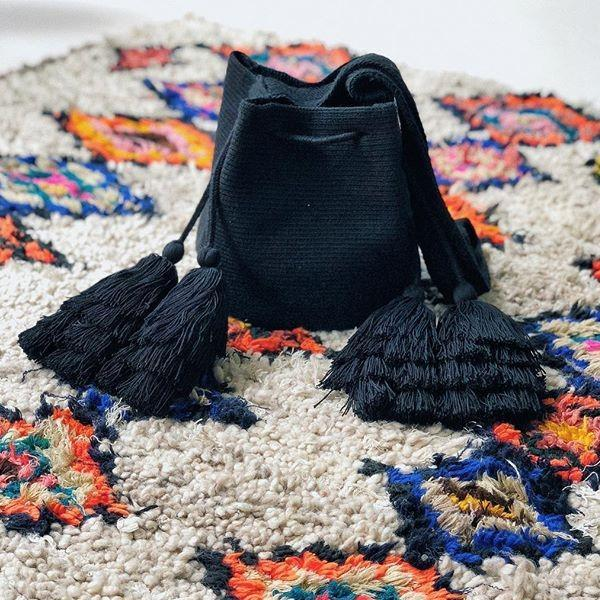 chila Handmade Rola Black Bag
