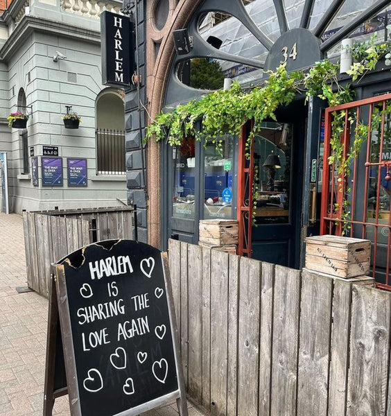 An outdoor view of the Harlem Café in Belfast