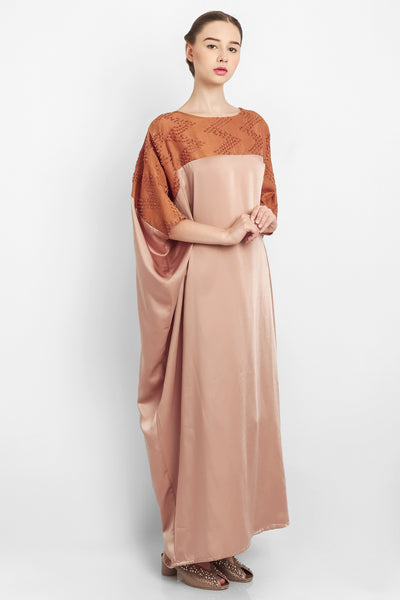 Zahiya Kaftan in Light Brown