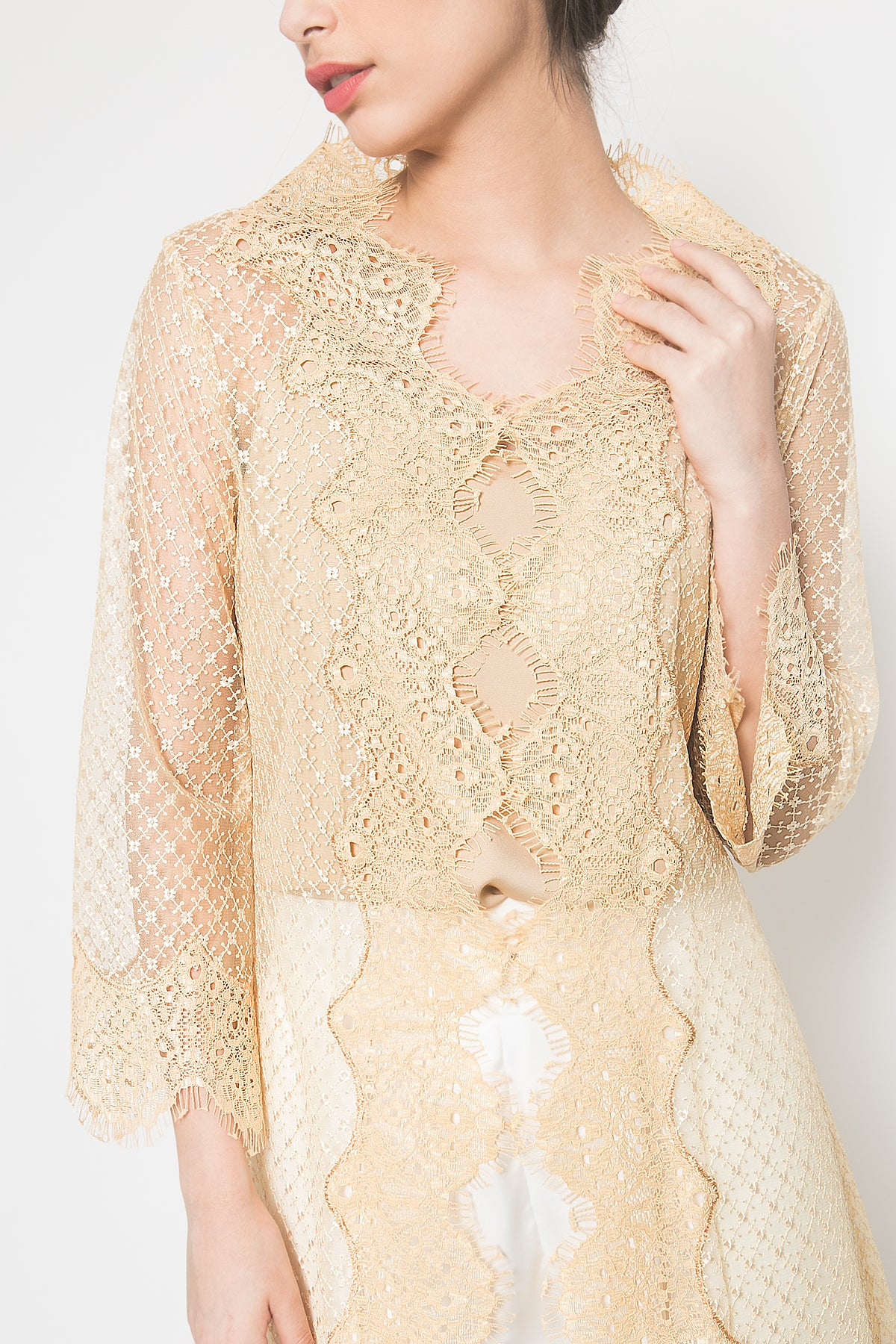 Aleya Outer in Gold